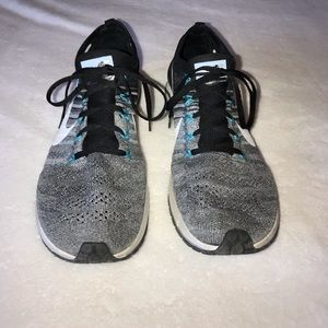 Nike Shoes - Nike Chicago zoom knit sneakers